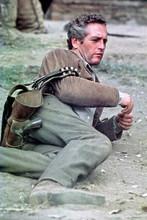 Paul Newman lies on ground with gunbelt Butch Cassidy 4x6 inch photo
