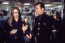 Spy Who Loved Me Roger Moore Barbara Bach on submarine 4x6 inch photo