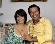 Natalie Wood & Robert Wagner relax at home circa 1970 embracing 8x10 inch photo