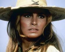 Raquel Welch wears Mexican straw hat as Sarita 1969 100 Rifles 8x10 inch photo