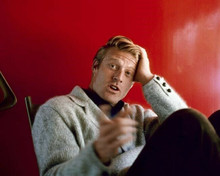 Robert Redford candid on Barefoot in the Park movie set between takes 8x10 photo