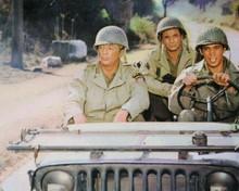 Battle For Anzio Peter Falk Robert Mitchum Reni Santoni 8x10 inch photo in Jeep