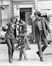 Two People 1973 original 8x10 inch photo Lindsay Wagner Peter Fonda Central Park