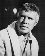 George Peppard in shirt and cardigan insurance investigator Banacek 8x10 photo