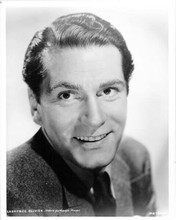 Laurence olivier smiling MGM Hollywood portrait 8x10 inch vintage photo
