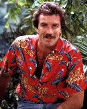 Tom Selleck classic portrait in his red Hawaiian shirt as Magnum PI 8x10 photo