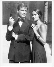 The Spy Who Loved Me original 8x10 inch photo 1977 Roger Moore Barbara Bach