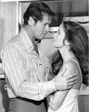 The Spy Who Loved Me original 6.5x9.5 inch photo Roger Moore holds Barbara Bach