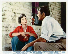 The Big Country Gregory Peck & Jean Simmons on porch 8x10 inch photo