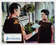 Spartacus 8x10 inch photo Laurence Olivier looks at slave Tony Curtis