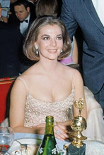 Natalie Wood in low cut gown smiling at Golden Globe Awards 4x6 inch photo