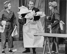 The Lucy Show Vivien Vance Gale Gordon & Lucille Ball wallpapering 8x10 photo