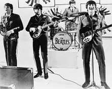 This is an image of Photograph & Poster of The Beatles 12381