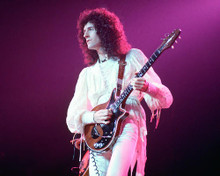 This is an image of Photograph & Poster of Queen 266498