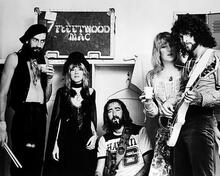 This is an image of Photograph & Poster of Fleetwood Mac 197037