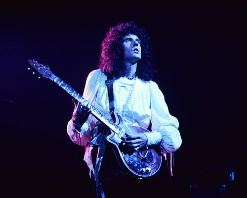 This is an image of Photograph & Poster of Queen 274453