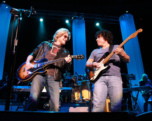 """Hall And Oates Poster 24/""""x36/"""""""