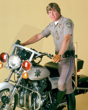 This is an image of Photograph & Poster of Larry Wilcox 298407