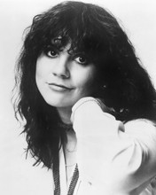 This is an image of Photograph & Poster of Linda Ronstadt 103153