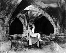 This is an image of Photograph & Poster of Dracula (1931) 103143