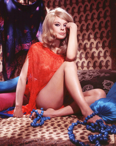 This is an image of Prints & Posters of Elke Sommer 299036