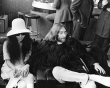 This is an image of Prints & Posters of John Lennon 103451