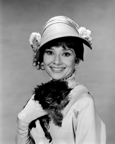 This is an image of Prints & Posters of Audrey Hepburn 103442