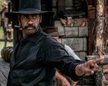 This is an image of Prints & Posters of Denzel Washington 299158