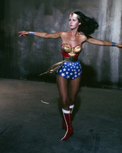 This is an image of Prints & Posters of Lynda Carter 299203