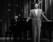 This is an image of Prints & Posters of Frank Sinatra 103658