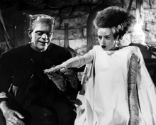 This is an image of Prints & Posters of Bride of Frankenstein 103624