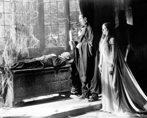 This is an image of Prints & Posters of Mark of the Vampire 103712