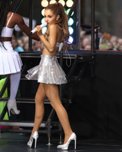 This is an image of Prints & Posters of Ariana Grande 299725