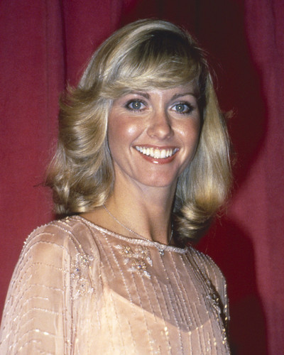 This is an image of Prints & Posters of Olivia Newton-John 201366