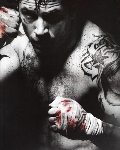 This is an image of Prints & Posters of Tom Hardy 201614
