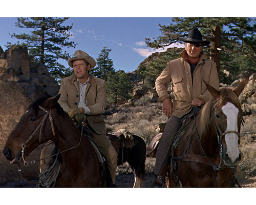 This is an image of Prints & Posters of True Grit 1969 201728