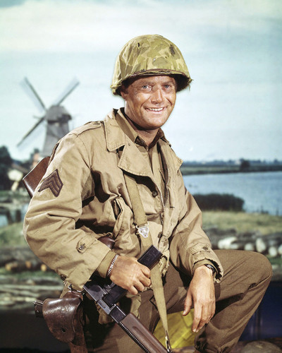 This is an image of Prints & Posters of Vic Morrow 201841
