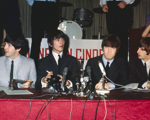 This is an image of Prints & Posters of The Beatles 201908