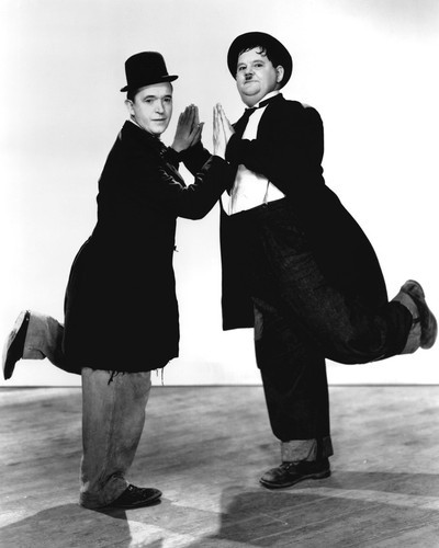 This is an image of Prints & Posters of Laurel and Hardy 104366