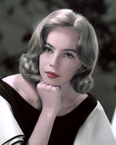 This is an image of Prints & Posters of Leslie Caron 202285