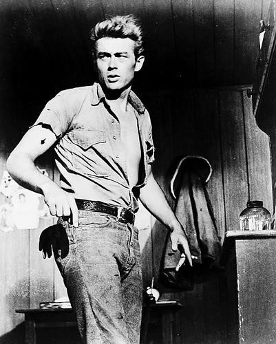 This is an image of 13409 James Dean Photograph & Poster