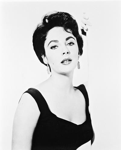 This is an image of 14484 Elizabeth Taylor Photograph & Poster