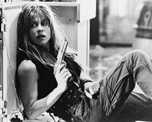 This is an image of 16371 Linda Hamilton Photograph & Poster
