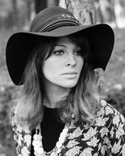 This is an image of Photograph & Poster of Julie Christie 100758
