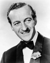 This is an image of Photograph & Poster of David Niven 100789