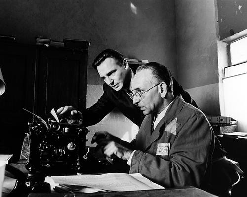 This is an image of Photograph & Poster of Schindler's List 101107