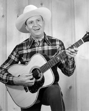 This is an image of Photograph & Poster of Gene Autry 101129