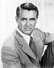 This is an image of Photograph & Poster of Cary Grant 101204