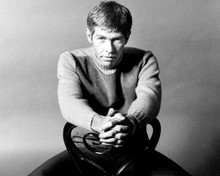 This is an image of Photograph & Poster of James Coburn 101278