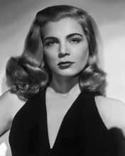 This is an image of Photograph & Poster of Lizabeth Scott 101327